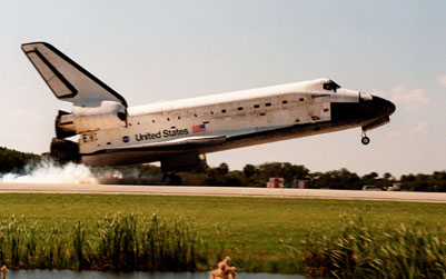 Discovery Touches Down at KSC After a Successful Mission.